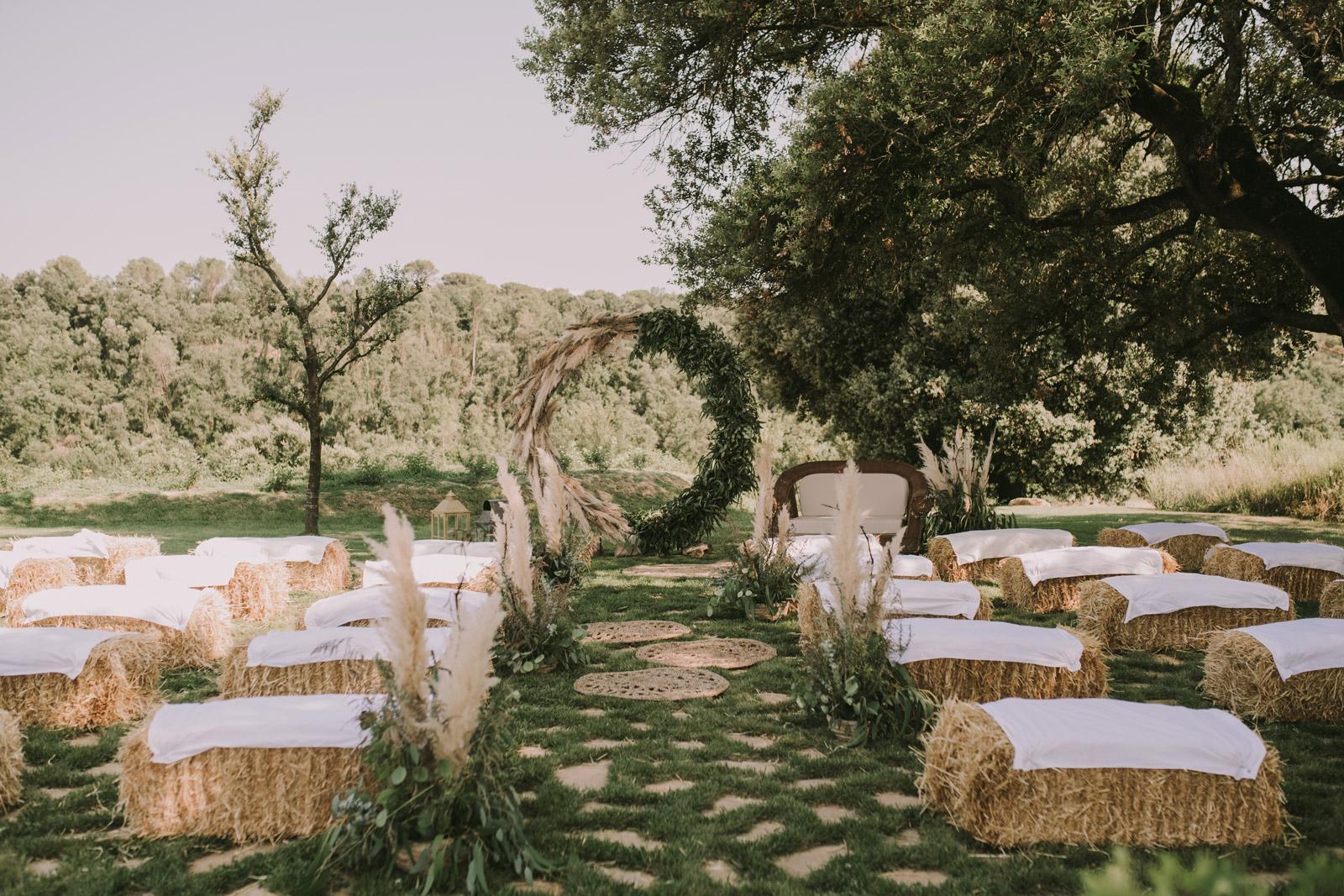 decoración de boda ceremonia bosque boho